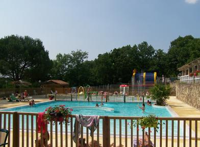 Reflets de Quercy Pool